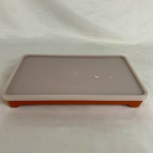 Tupperware Kitchen - Tupperware Covered Hot Dog Deli Meat Bacon Keeper